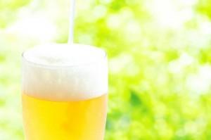 ぬるいビールを一瞬ですぐに冷やす3つの方法