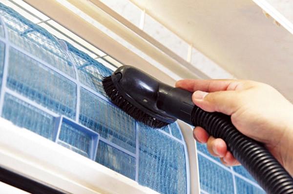 電気代節約方法1、フィルターを掃除する