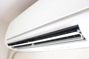【元業者が伝授】エアコンの暖房が効かない時の簡単な対処法