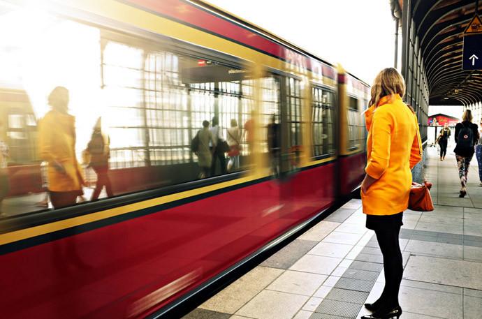 物件を決めるときの注意点(1)駅から近い&線路の近くはNG