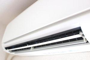 暑すぎる・・・!エアコンが壊れたときの直し方4つ