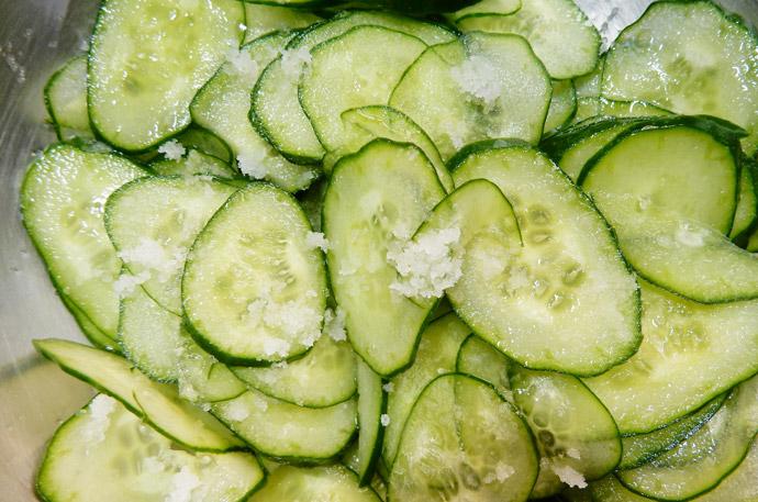 きゅうりは冷凍保存できる!塩もみ術を大公開!2.きゅうりを長持ちさせる方法は?