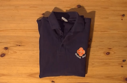 Tシャツたたみ方4