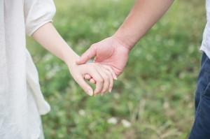 【保存版】流れ出る手汗を確実に止める方法