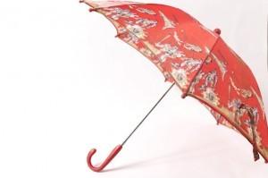 プチプラで壊れたお気に入りの傘をあっという間に直す方法