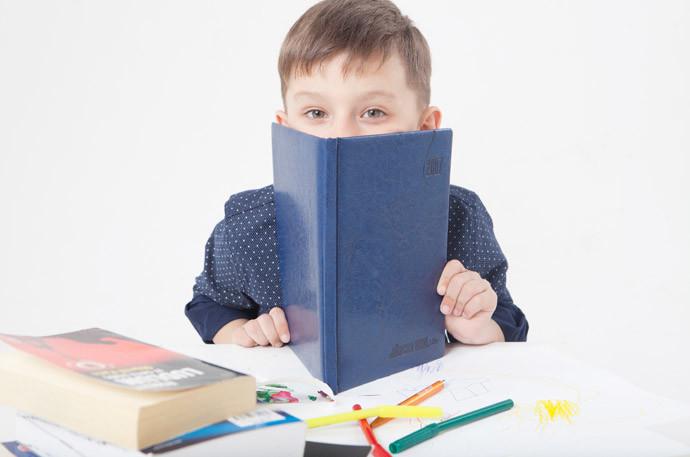 脳を刺激する方法2:朗読をする