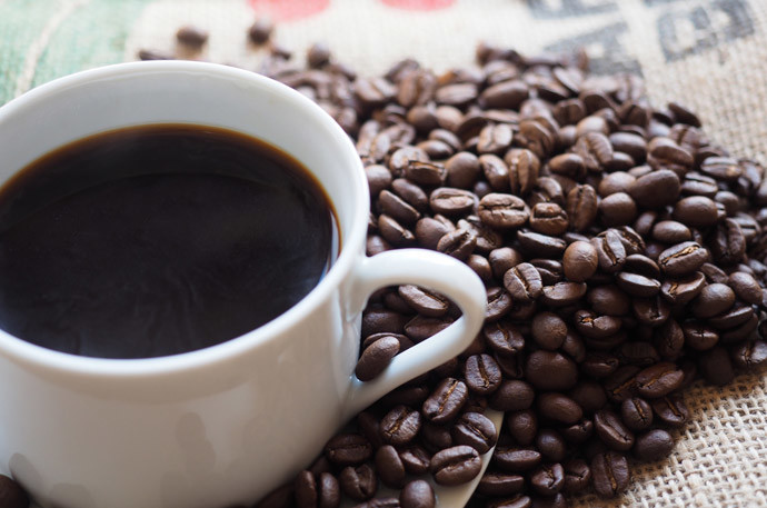 一日の疲れが取れないのは6つのNG習慣2:カフェインを取り過ぎている