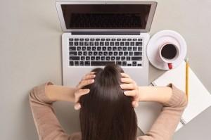 グルグル回って動かない!パソコンの動作が重い・遅いときの対処法5選
