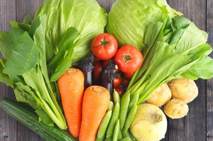 喉の痛み改善方法7.喉の痛みに効果的な食材を取り入れる