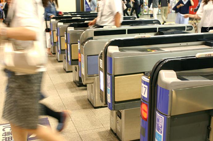 朝の支度時間を大幅に早くする方法電車は階段や出口に近い場所へ